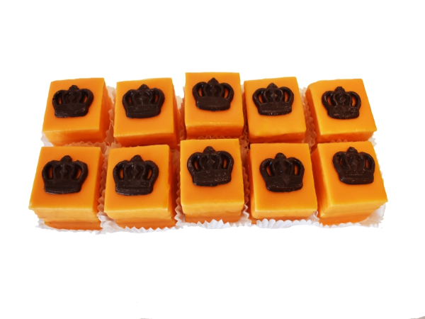 Luxe Oranje Petit Four